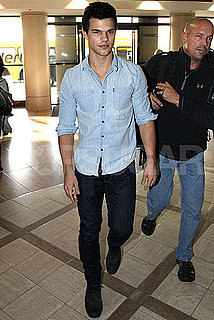 Pictures of Taylor Lautner Arriving at LAX