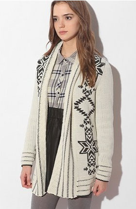 There's something about Fair Isle in the Winter that always feels so right, so Après ski-chic.  Ecote Intarsia Open Cardigan ($78)