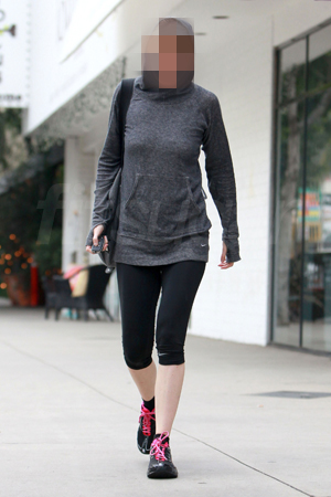 Picture of Celebrity Leaving the Tracy Anderson Gym in Studio City