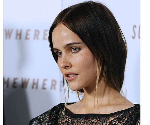 Isabel Lucas Has New Streaky Hair