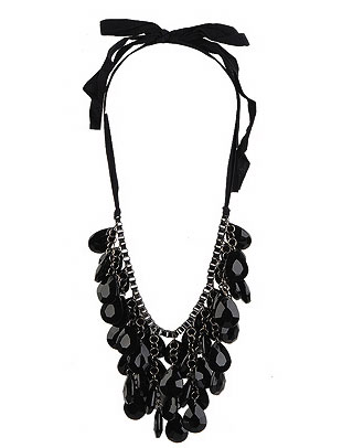Forever 21 Jeweled Damsel Necklace ($8, originally $10)