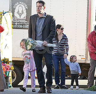 Pictures of Ben Affleck and Jennifer Garner at the Farmers Market With Violet and Seraphina