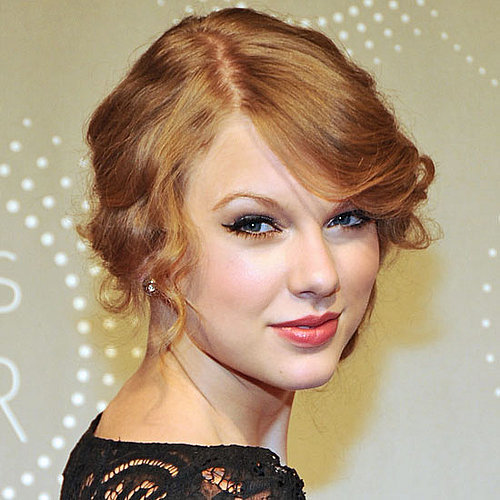 Taylor Swift's Shares Her Winged Eyeliner Trick