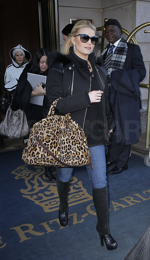 Pictures of Jessica Simpson Carrying Leopard Print in NYC