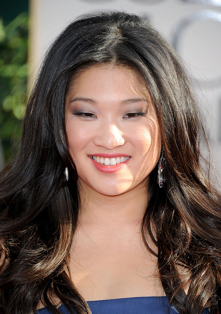 Jenna Ushkowitz Arrives on the Red Carpet in a Gorgeous Blue Gown