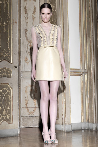 "Maria Grazia Chiuri and Pier Paolo Piccioli's ""Techno Couture"" Pre-Fall 2011 Collection For Valentino"