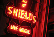 House of Shields Bar in San Francisco Review