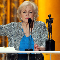 Betty White Wins the Screen Actors Guild Award For Outstanding Performance By a Female Actor in a Comedy Series 2011-01-30 17:46:54