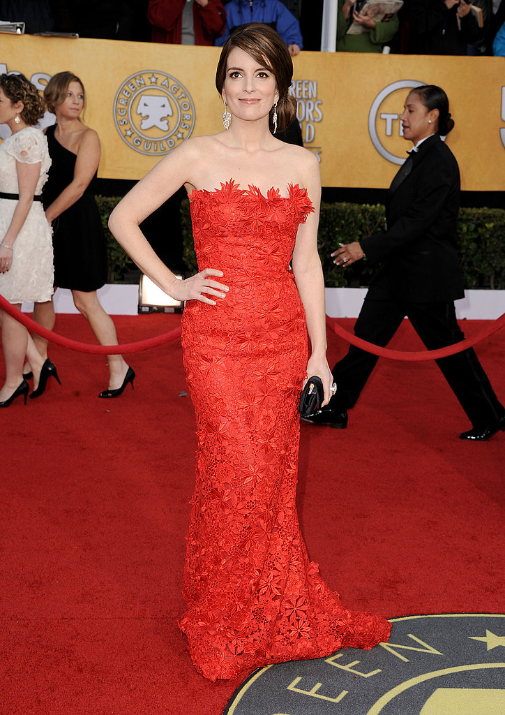 There was nothing funny about Tina Fey's red dress.  It was seriously sexy.