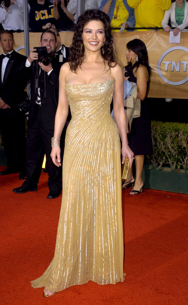 Catherine Zeta-Jones went glam in gold in '04.