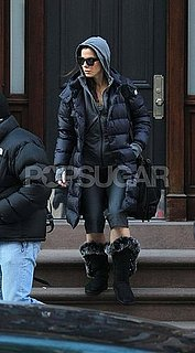 Pictures of Sandra Bullock in the Snow in New York