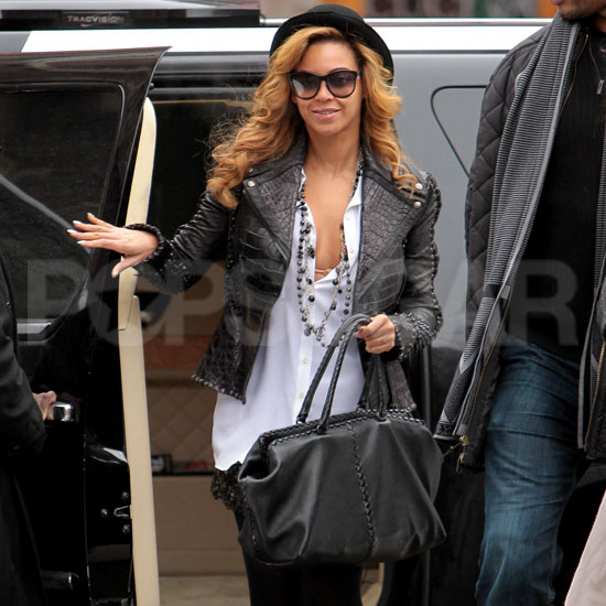 Beyoncé Knowles Makes a Stylish Appearance For a Meeting