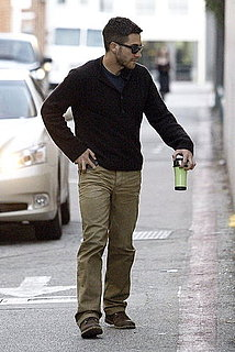 Pictures of Jake Gyllenhaal Walking Alone in LA and Is Linked to Jennifer Lawrence