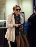 Amy Adams Leaves LA For London Ahead of the Oscars