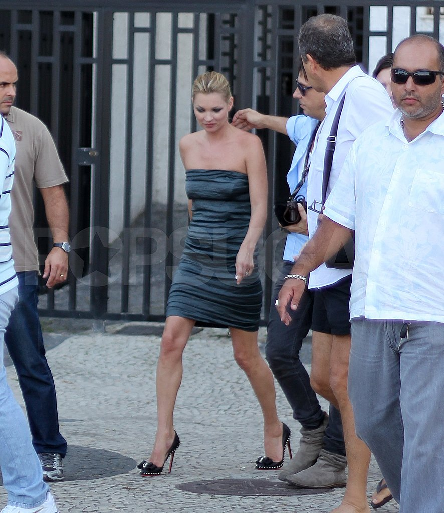 Kate Moss and Jamie Hince Set Off For a Tour of Rio