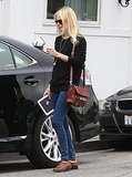 Kate Bosworth Brings Her Ereading Material to the Salon