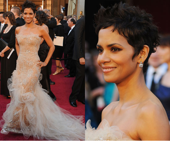Halle Berry Oscars 2011 2011-02-27 17:02:34