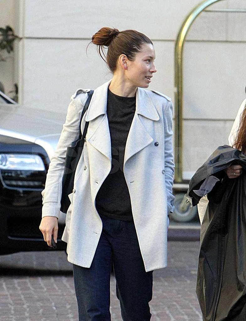 Jessica Biel Stays Low-Key as JT Prepares For Oscar Sunday