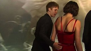 Video of Justin Bieber and Selena Gomez at the Vanity Fair Oscar After Party