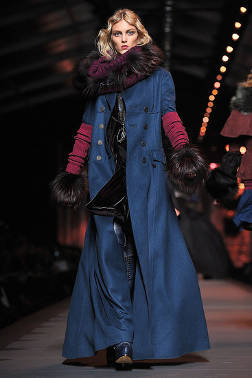 Fall 2011 Paris Fashion Week: Christian Dior 2011-03-04 14:10:00