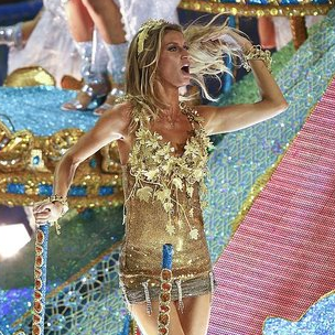 Pictures of Gisele Bundchen in a Skimpy Costume During Rio's Carnival