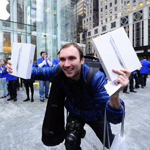 iPad 2 Launch Sales