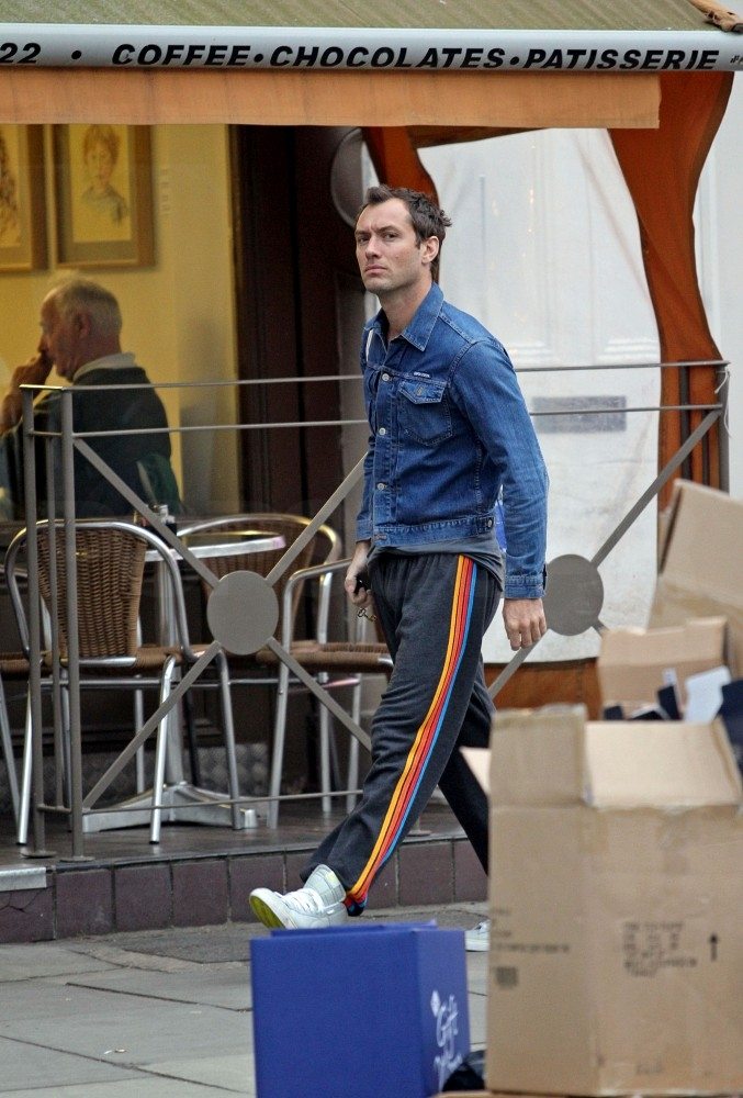 Jude Law Returns to London and Wastes No Time Getting a New Lady Friend