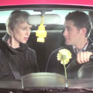 Video of Jane Lynch and Matthew Morrison Carpooling Together