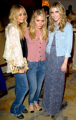 Nicole Richie,Ashley Olsen and Emma Roberts