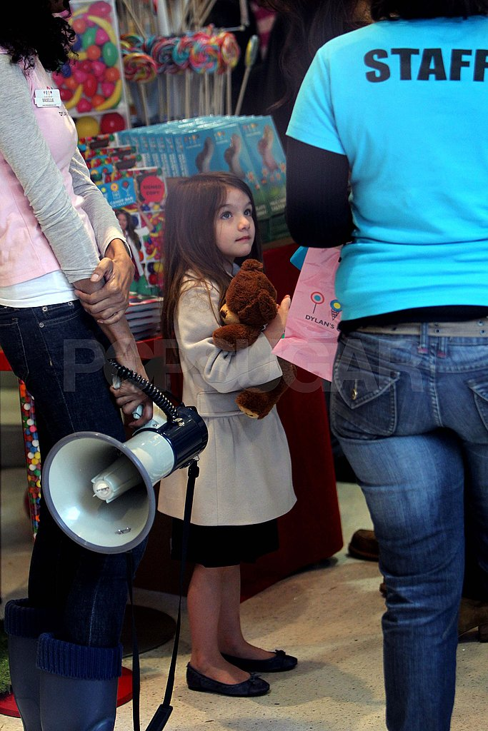 Tom Cruise and Katie Holmes Treat Suri to a Sweet Candy Stop