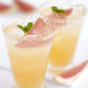 Sweeten Up Your Summer With 100-Percent Florida Grapefruit Juice!
