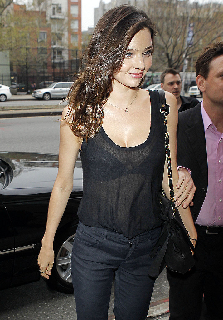 Miranda Kerr Handles Big City Business as Orlando Bloom Heads Deliciously Back to LA