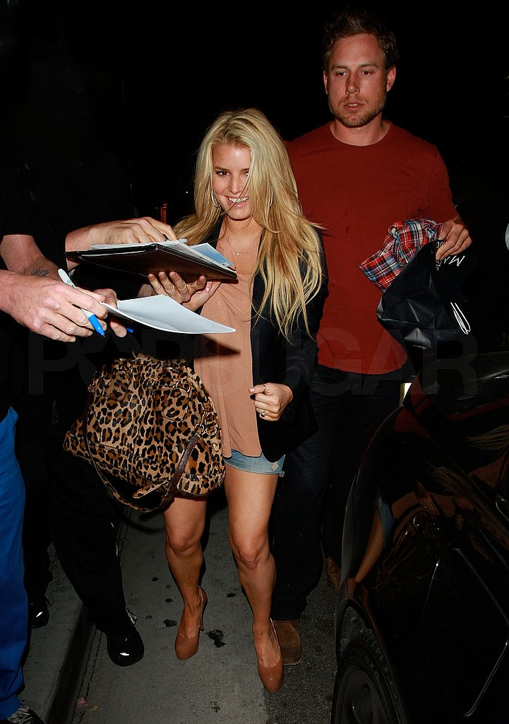 Jessica Simpson Has a Weekend and Wedding Date on Her Mind