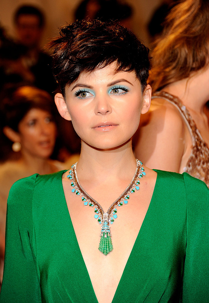 Ginnifer Goodwin Is a Splash of Green With Bright Blue Eyes at Met Gala