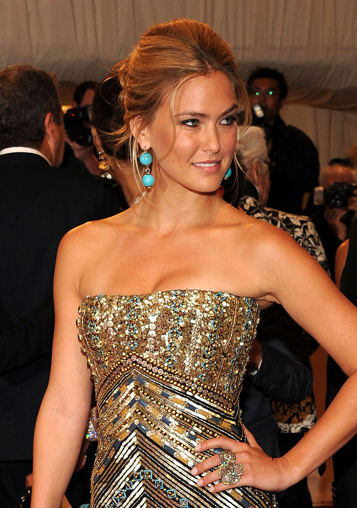 Bar Refaeli Makes a Model Entrance at the Met Gala