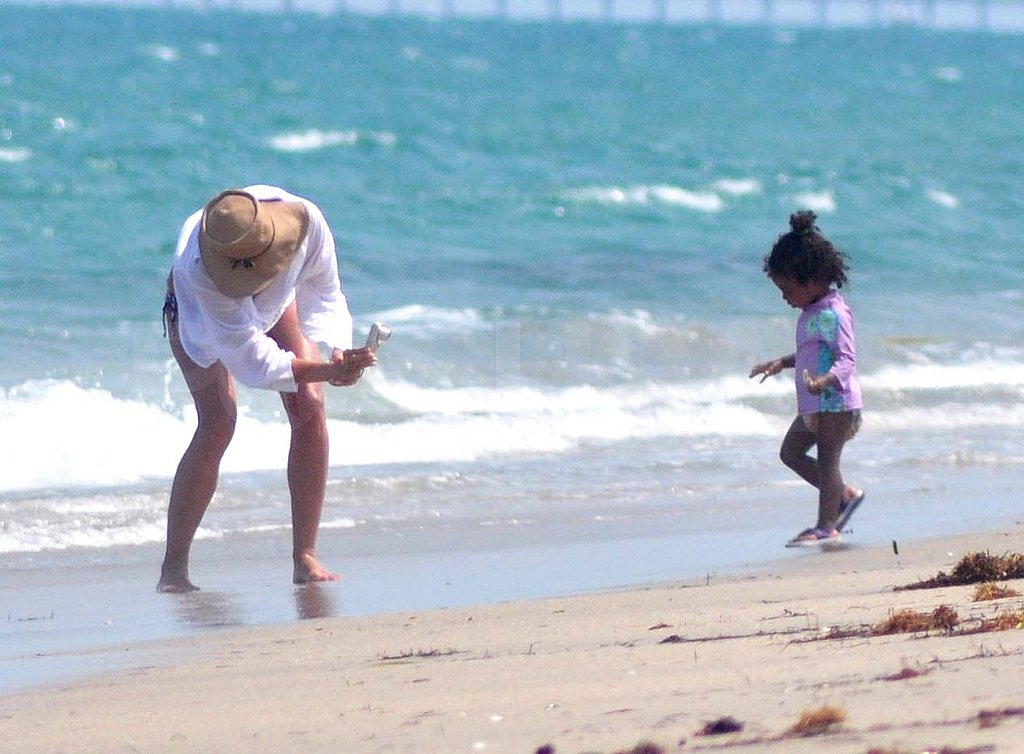 Heidi Klum Covers Up For One Last Bikini Beach Day