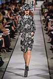 Oscar de la Renta Shows Vivid, Graphic Resort Collection