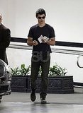Taylor Lautner Stops For a Sandwich Ahead of the MTV Movie Awards