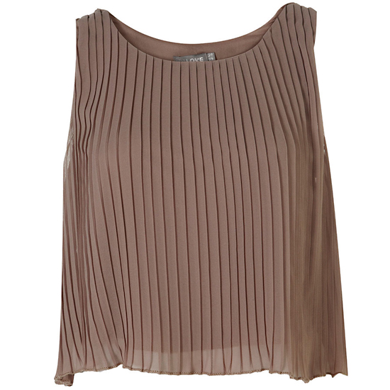 A swingy croptop in a rich earthy hue.   Love Topshop Pleated Top, $60