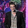 Video: Robert Pattinson, Kristen Stewart, and Twilight Cast Win Big at MTV Movie Awards