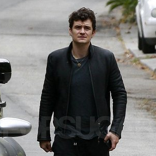 Orlando Bloom Visits a Friend in LA Pictures