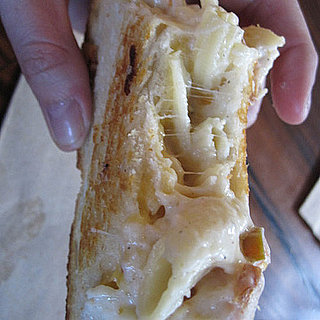 Grilled Macaroni and Cheese Sandwich Recipe