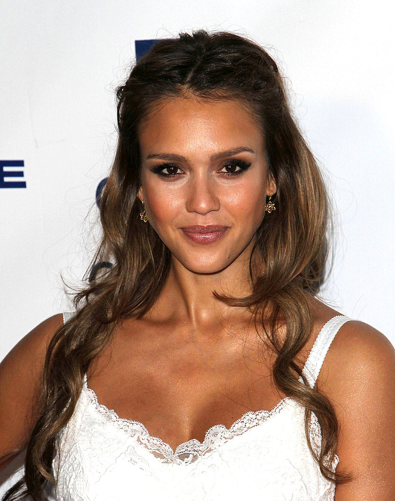 Jessica Alba Goes Long For a Charitable Night With James Cameron