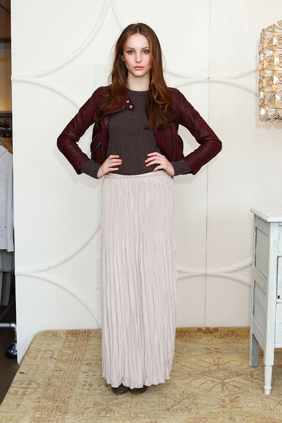 Maxi Skirts for Work Office Modern Woman 2012 Fall Trends Hide Legs 
