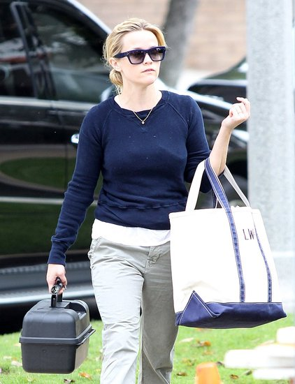 Reese Witherspoon headed into her art class.