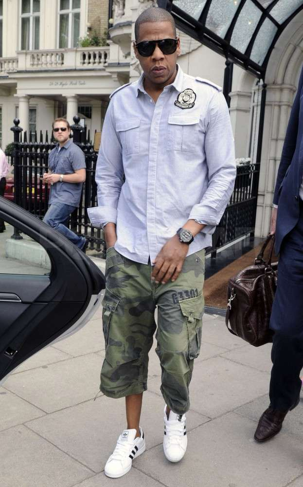 Jay-Z headed to a waiting car in London.