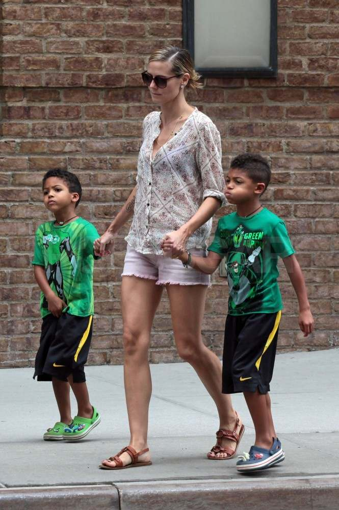 Heidi Klum took her kids by the hand in NYC.