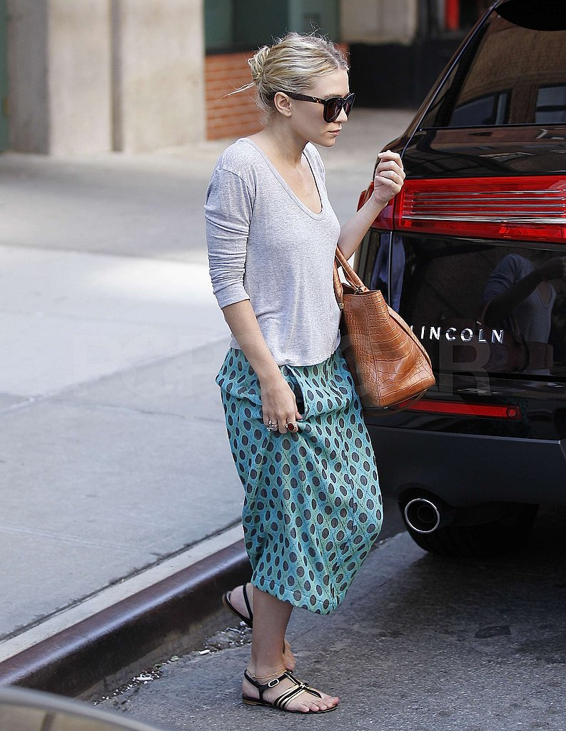 Ashley Olsen hopped into a waiting SUV in NYC.