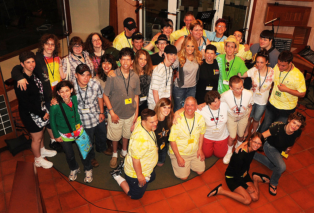 Carrie Underwood posed with campers at the ACM Lifting Lives Music Camp.
