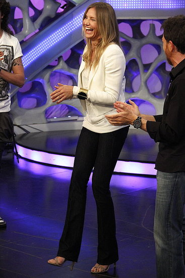 Cameron Diaz Cracks Up During a Spanish TV Show Appearance